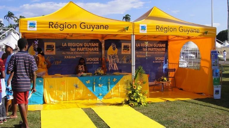 namiot dla urzędu miasta regionu guyane vitabri v3