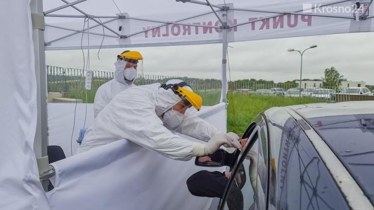 namioty medyczne VITABRI 3x6 punkt drive-thru