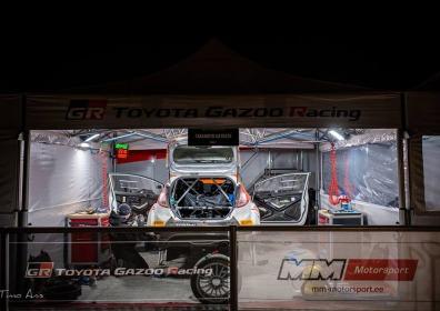 Namioty VITABRI stanowisko rajdowe Toyota