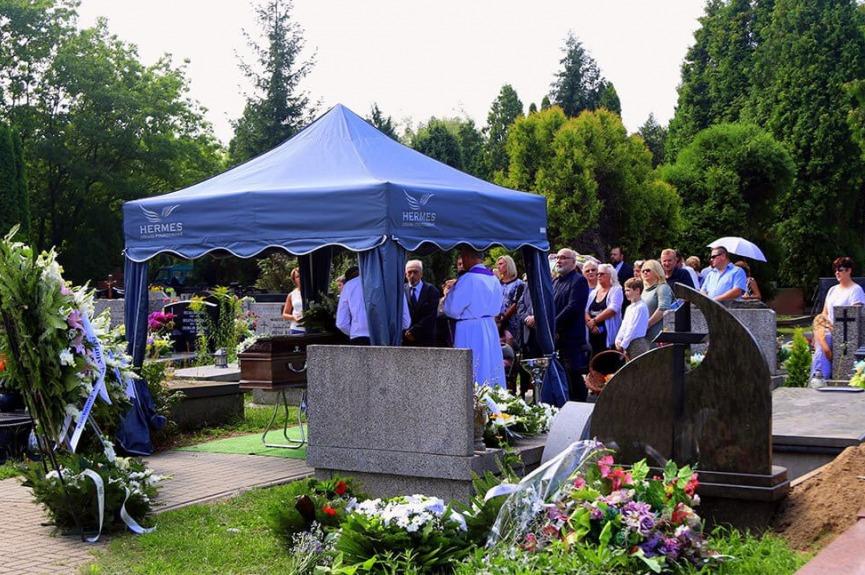 Namiot pogrzebowy z nadrukiem V3